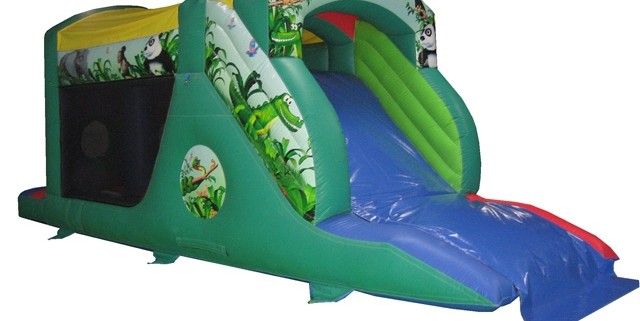 Jungle fun run 10 x 30 x 11 £85