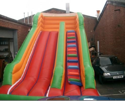 Large slide 14 x 18 x 18 £100