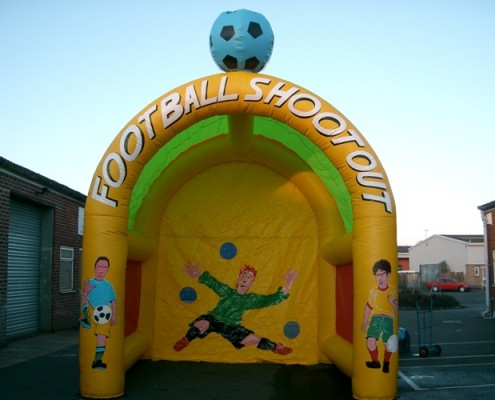 penalty shoot out 12 x 15 x 14 £50